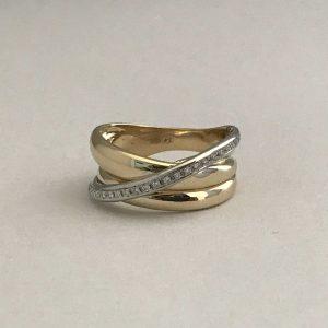 Geelgouden 14KT ring met 0.30ct gvs2 briljanten