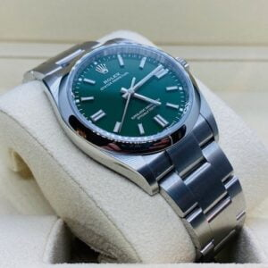 Rolex Oyster Perpetual 36mm 126000 GREEN DIAL - NEW MODEL 2020